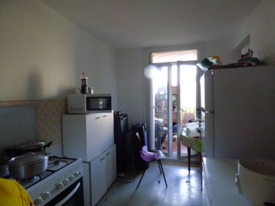 PROX CARREFOUR  MERLAN Appartement  2 pièce(s) 13014 3/5